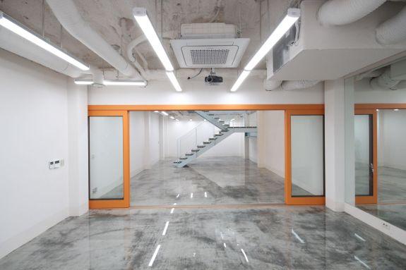 지하1층 회의실