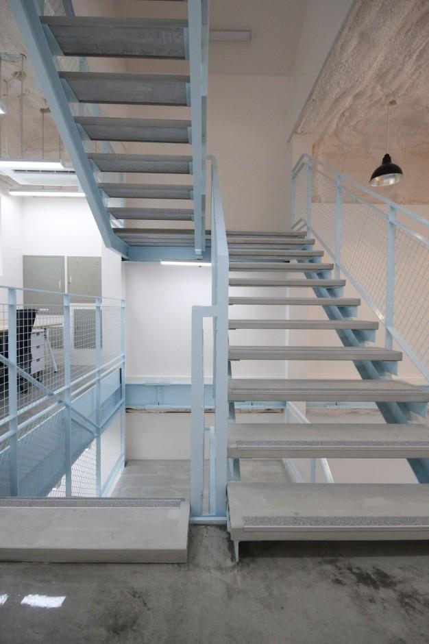 1층 계단